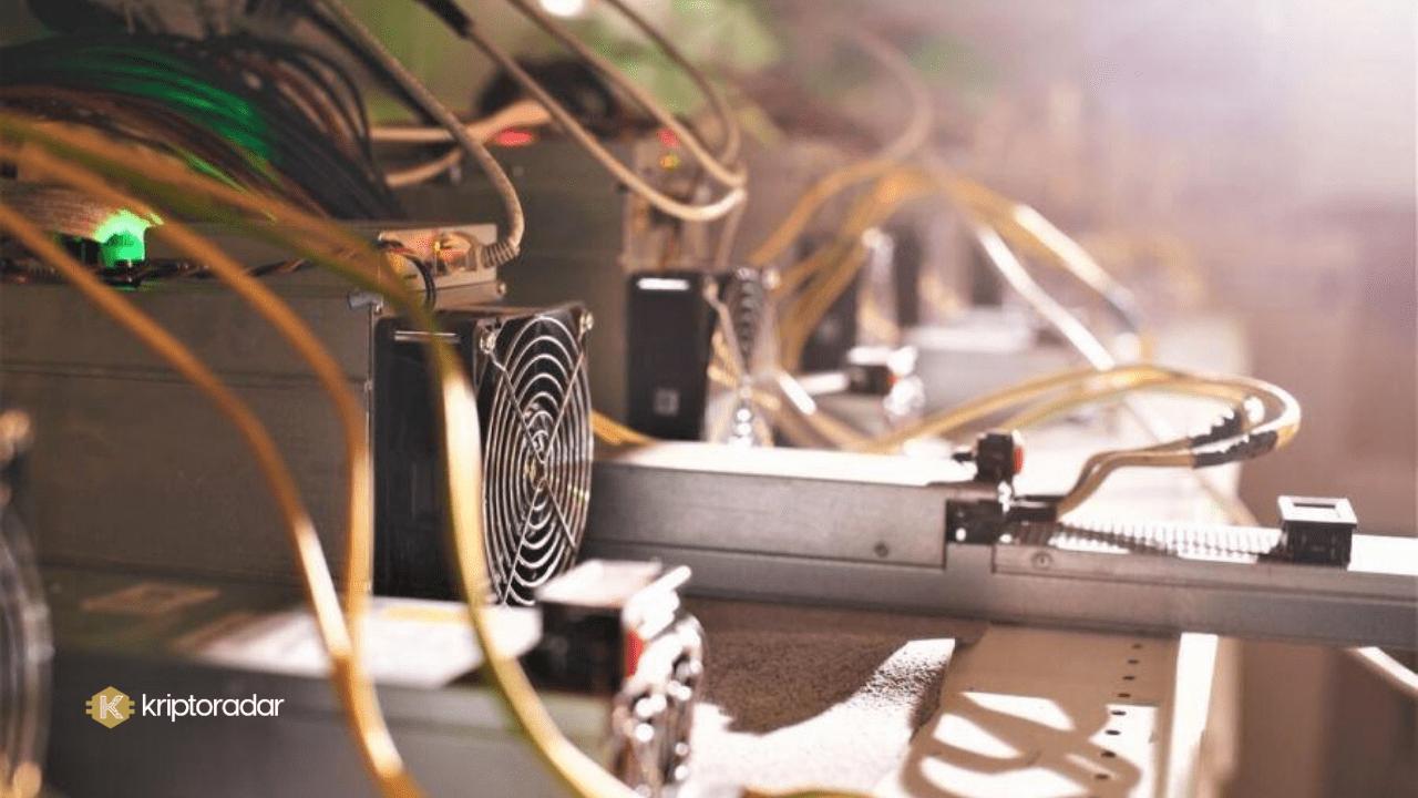 Bitcoin (BTC) madencilik zorluğu bu hafta sonu bir kez daha düşerek Haziran 2020 seviyesine ulaştı.