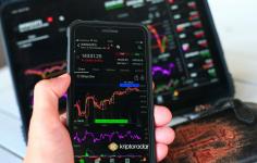 Kripto Yatırım Çılgınlığı ve FOMO